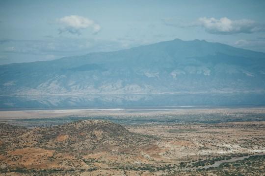 Le mont Gelai se reflétant dans les eaux du lac Natron